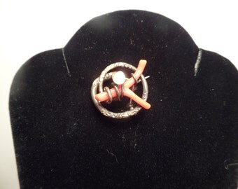 Victorian Brooch with Branch Coral