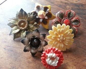 Six Gorgeous, Shabby, Curtain Pins Pushpins, Tiebacks. Vintage.