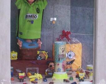 Santuario para el Niño II. A Shrine to a Boy. Mexico.