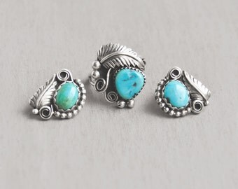 Vintage Turquoise Jewelry Set - sterling silver stud earrings and matching ring - dot leaf scroll accents