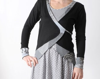 Black jersey wrap, Long black jersey cardigan with pointy back and grey patchwork details size, FR 38/ UK 10