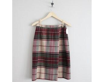 plaid skirt / wool skirt / wrap skirt