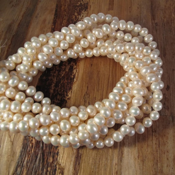 Creamy White Freshwater Pearls, 6.5mmx 6mm, Medium Ivory Potato Pearls, 16 Inch Strand with About 80 Pearls (P-P7)