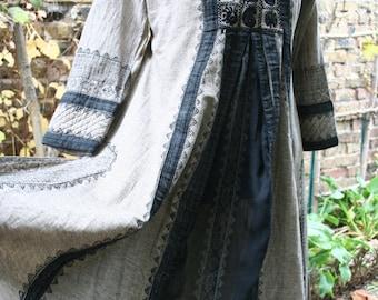 Gray and black ethnic dress kaftan long hippie boho medium India Pakistan