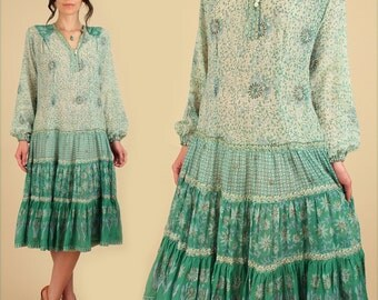 ViNtAgE Adini Indian Cotton Dress India Gauze RARE Green Color Bohemian Gypsy Festival Dress // BoHo HiPPiE Small Medium S M