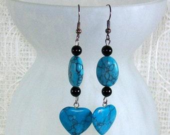 Turquoise Earrings / Heart Earrings / Drop Earrings / Dangle Earrings / Statement Earrings / Handmade Beaded Earrings