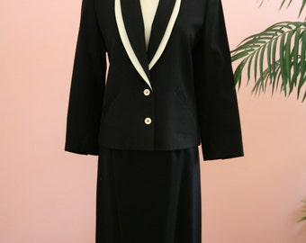Black and Ivory Two-Piece Suit, Harve Bernard Suit, Size 6 Woman's Suit, Business Attire, Black Wool Suit, Ladies Business Suit, Black Suit