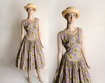 Vintage 1950s Dress - Floral Print Mosaic Cotton in Olive Green and Purple - Square Novelty Print Rockabilly Style - Large