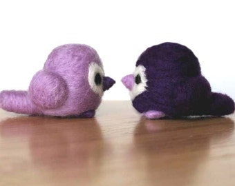 Needle Felted Love Birds Purple - Wedding Cake Topper or for Valentine's Day - Gift or Decoration - Made to Order - Felt Lovebirds Valentine