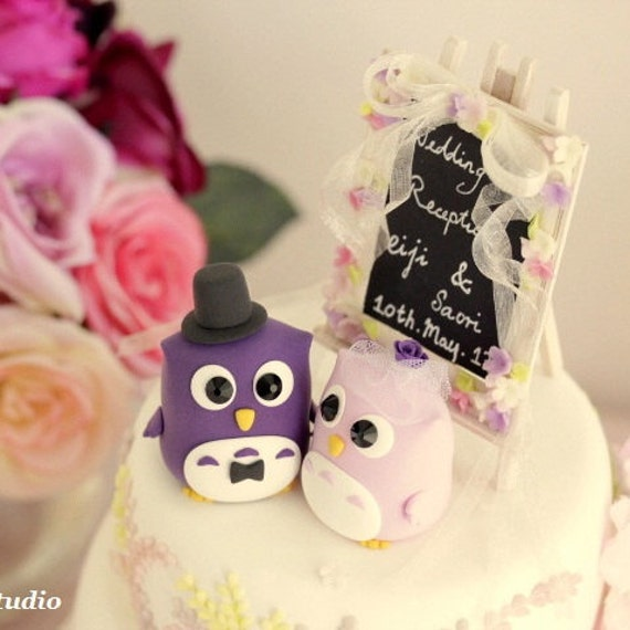 owls Wedding Cake Topper with flowers around the  blackboard---k509