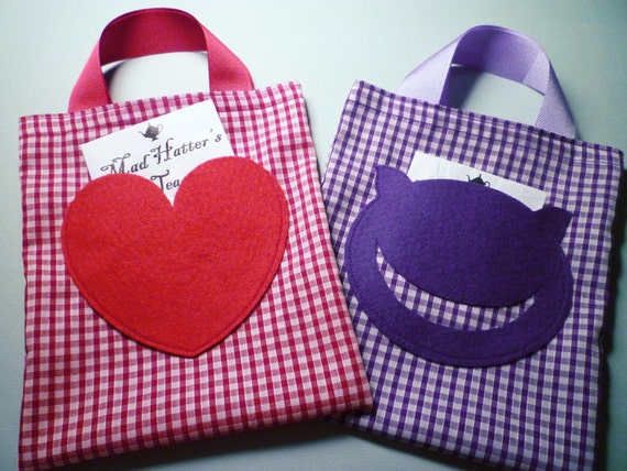 10 Alice in Wonderland fabric party bags in gingham — Alice, Mad Hatter, Queen of Hearts, White Rabbit, Cheshire Cat, Caterpillar