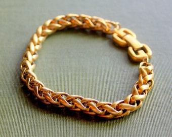 Vintage  Bracelet Gold Tone Thick Quality Woven