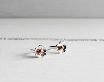 Cartilage Tragus Hoop Earring, Tiny Cherry Blossom cartilage earring, Tragus Hoop, Rook Hoop, Spring Earrings, Sakura hoop