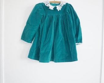 SALE // Vintage Green Velvet Dress