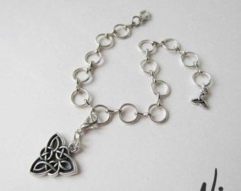 Silver Hooped Adjustable Clip-on Charm Bracelet