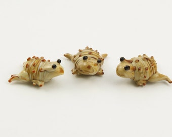 Ceramic Frog Beads, 21.5mm x 17mm x 11mm, Hand Crafted Porcelain and Glass Horny Toads, Hand Painted Brown and Tan