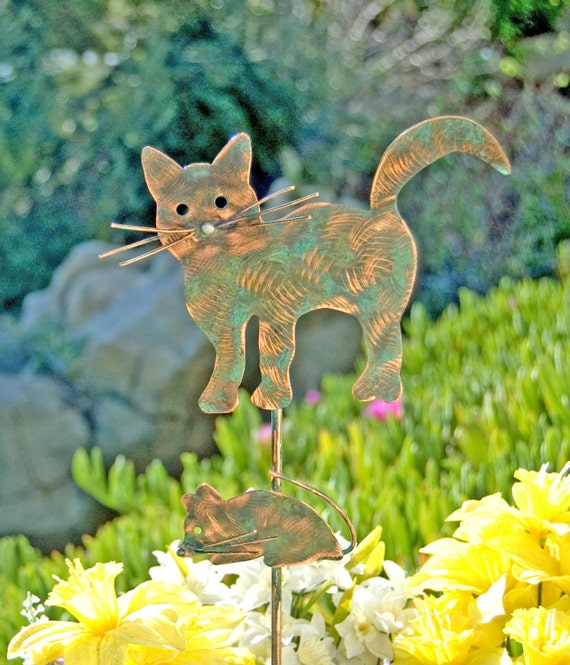 Cat mouse garden stake metal yard art by gardencopperart for Cat yard art