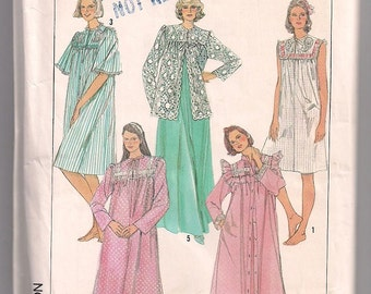 Nightgown and Robe, Lace Bed Jacket Simplicity 7643, Long or Short Robe, Long or Short Nightgown, Sleepwear Pattern, Plus Size 18 - 20 Uncut