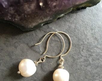 Sophia Pearl Earrings