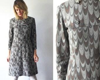 60s wool dress. grey wool dress. 60s shift dress. mod print dress - small