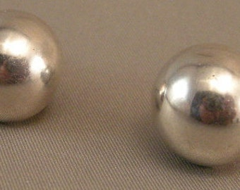 Mid Century Mexican Silver Button Screw back Earrings 50's Mexican Silver Eearrings