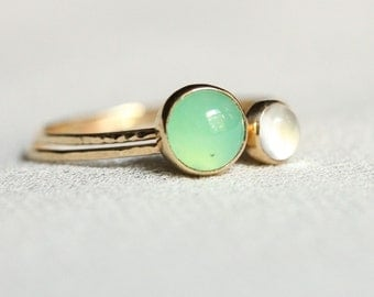 Set of Two Delicate Solid 14k Gold Vivid Green Chrysoprase and Moonstone Rings - Simple and Tiny 14k Yellow Gold Dainty Hammered Stack Rings