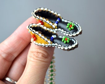 Seed Bead Native American Southwest Necklace Moccasins