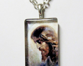 Christ pendant with chain - GP12-301