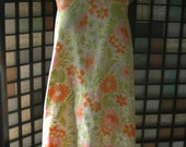 1960s Mod Trapeze Floral Shift Dress Plus Size
