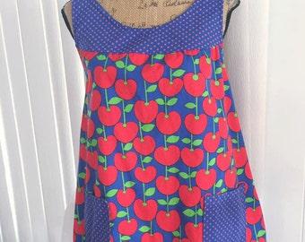 Adorable Vintage Novelty Print Cherries Top --Size L
