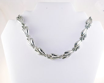 Vintage Trifari Silver Tone Modernist Abstract Necklace (N-3-4)