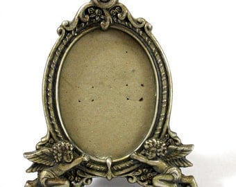 Vintage Picture Frame. Metal Frame with Angels. Made by Burnes. BB. Dresser Top Frame with Stand.
