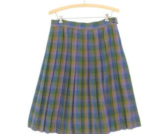 60s Pleated Skirt * A-line Flared Skirt * Vintage 1960s Plaid Midi * Medium / Large