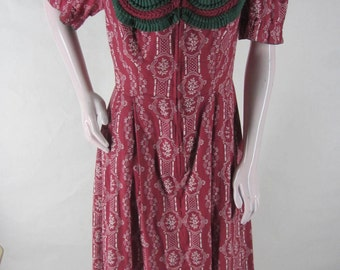 Vintage 50s Trachten Dress Vom Tegernsee Red Floral Lace Bust Zip Front Short Sleeves