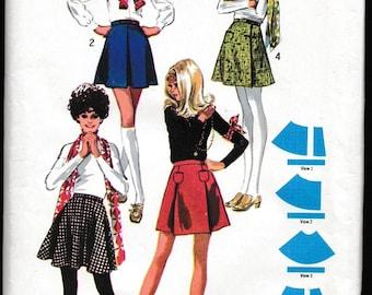 Simplicity 8877 Misses Jiffy Set of Mini Skirts