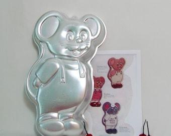 Cake Pan Little Mouse, 1987 Wilton 2105 2380 Vintage Aluminum Mold
