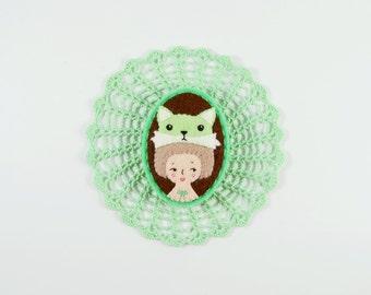 Girl Brooch / Cute Felt Girl Pin / Amusement Park Felt Brooch / Contemporary Vixen Felt Brooch / Girl Fox Hat Brooch / Mint Fox and Girl