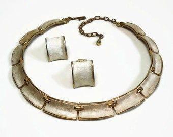 50s Gold Enameled Metal Necklace & Clip Earrings in Brushed Silver Modernist Design with J-hook Closure - Vintage 50's Costume Jewelry Sets
