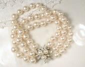 Art Deco Pearl Bracelet, Triple Strand Glass Ivory Pearl Bridal Bracelet, Ornate Silver Rhinestone Clasp 1920s Gatsby Vintage Wedding