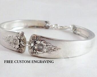 Vintage Jewelry, FREE ENGRAVING Silverware Spoon Bracelet, Vintage Silverware Jewelry, Vintage Wedding, Bridesmaid Jewelry Spring Charm 1950