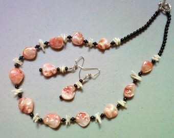 Pink, White and Black Shell Necklace and Earrings (0419)
