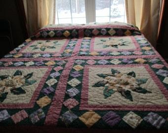 vintage Debbie Mumm full/queen quilt