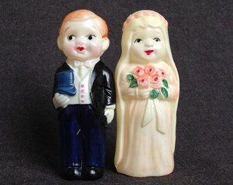 Here comes the Bride. Antique celluloid collectibles wedding cake topper.