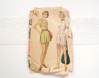 1940s-50s sewing pattern / high waist shorts with halter top & short sleeve fitted jacket / Simplicity 2825