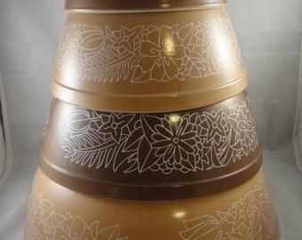 Pyrex Woodland Brown Nesting Mixing Bowls Set of 4