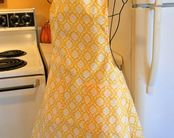 Women's Vintage Style Full Apron in Golden Yellow