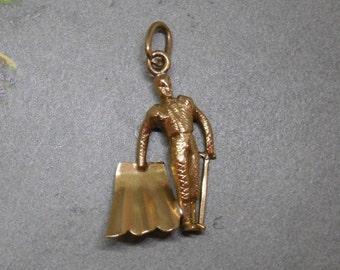 14k Gold Spanish Toreador BullFighter Matador Bracelet Charm