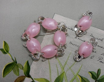 MARVELLA Pink Moonglow Cabochon Brooch & Clip On Earrings Set    NAT14