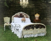 C H I P P Y Antique Bed Shabby Chic Buttercream White