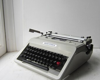 Vintage Olivetti Studio 45 Portable Manual Typewriter - Gray - with Case, Accessories & Keys - Works Great